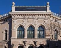 Riga den andra byggnaden av National Bank, detaljer Arkivfoton