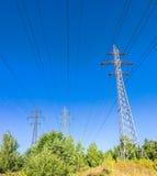 Riga di energia elettrica Fotografia Stock Libera da Diritti