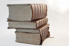 Linea di libri antichi