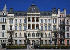 Riga, Elizabetes 19, un edificio histórico con los elementos del neoclassicism y eclecticismo Foto de archivo libre de regalías