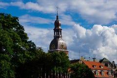 Riga-Hauben-Kathedralen-Turm Rigas Doms Lizenzfreie Stockfotografie