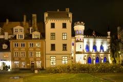 Riga. Het huis en het kleine gilde bij nacht Royalty-vrije Stock Afbeeldingen