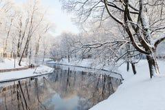 Riga kanal i vinter Fotografering för Bildbyråer