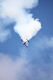 RIGA, LETÓNIA - 20 DE AGOSTO: Pilote de EUA Jeff Boerboon no acréscimo Foto de Stock Royalty Free