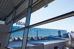 Riga, Letland - April 9, 2012: De Internationale Luchthaven van Riga Royalty-vrije Stock Foto's