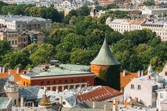 Riga, Letland Cityscape in Sunny Summer Day Beroemd Oriëntatiepunt - P stock afbeelding