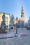 RIGA, LETLAND - DECEMBER 30 2015: Stadhuisvierkant bij Kerstmis Stock Foto