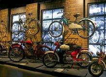 RIGA, LETLAND - OKTOBER 16: Retro de Motormuseum van motorfietsenriga, 16 Oktober, 2016 in Riga, Letland Royalty-vrije Stock Foto