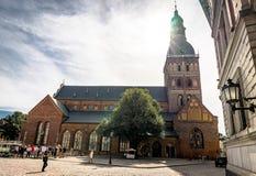 Riga, Lettland - August 2018: Ansicht über Stadt Hall Square in Riga Der quare Latvian Ratslaukums ist einer der Zentrale stockfotos