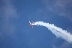 RIGA, LETTLAND - 20. AUGUST: Pilot von Russland Svetlana Kapanina an Stockfotografie