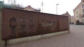 RIGA, LETTLAND - 16. MÄRZ 2019: Spikeri-Viertel gelegen zwischen Straßen Maskavas, Turgeneva und Krasta in Riga - stock footage