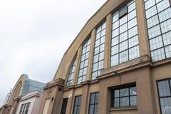 RIGA LETTLAND - MARS 16, 2019: Yttre Riga central marknad - historisk industriell zeppeling hangardesign arkivbild