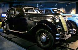 RIGA LETTLAND - OKTOBER 16: Retro bil av årsBMW 326 Riga det motoriska museet 1938, Oktober 16, 2016 i Riga, Lettland Arkivbilder