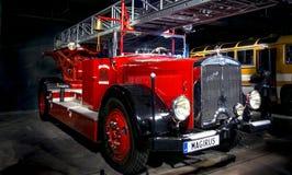 RIGA LETTLAND - OKTOBER 16: Retro bil av motormuseet för år 1935 MAGIRUS M45L, Oktober 16, 2016 i Riga, Lettland Royaltyfria Bilder