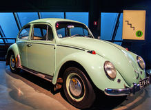 RIGA, LETTONIA - 16 OTTOBRE: Retro automobile del museo 1966 del motore di VOLKSWAGEN 1300 Riga di anno, il 16 ottobre 2016 a Rig Fotografia Stock Libera da Diritti