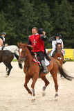 RIGA, LETTONIE - 12 AOÛT : Ridi letton de Guntars Silinsh de sportif Photo stock