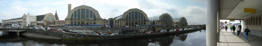 Riga-Markt-Westfassade Stockfoto