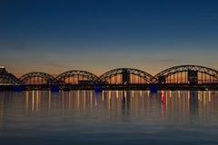 Riga na noite Fotos de Stock