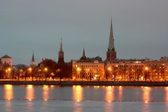 Riga na noite Imagens de Stock