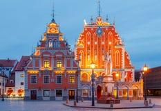 riga Praça da cidade na noite Imagens de Stock Royalty Free
