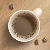Riga tazza di caffè di arte con i fagioli Fotografie Stock Libere da Diritti