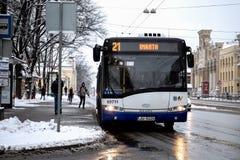 Rigas Satiksme Inglês: O tráfego de Riga é serviço Riga de uma autoridade municipalmente-possuída do transporte público e do esta imagem de stock royalty free