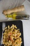 Rigati italiano con aceite picante Foto de archivo