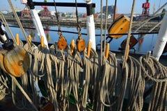 Riggning av en gammal seglingskyttel Royaltyfria Foton