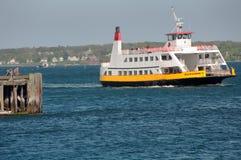Righe di baia di Casco traghetto a Portland, Maine Fotografia Stock Libera da Diritti