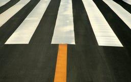 Righe di traffico su asfalto Fotografie Stock