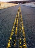Righe gialle sulla strada Fotografia Stock Libera da Diritti