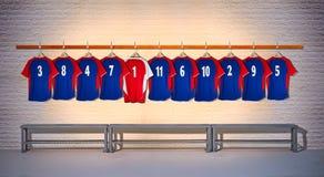 Rij van Blauwe en Rode Voetbaloverhemden 3-5 Royalty-vrije Stock Foto