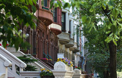 Rij van Brownstones NYC royalty-vrije stock fotografie