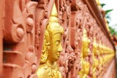 Rij van de standbeelden van Boedha Stock Fotografie