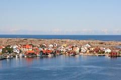 Rij van gekleurde huizen, Smogen, Zweden Royalty-vrije Stock Afbeeldingen