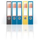 Rij van gekleurde ringsbindmiddelen Royalty-vrije Stock Afbeeldingen