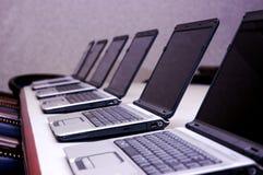 Rij van Laptops Royalty-vrije Stock Afbeelding