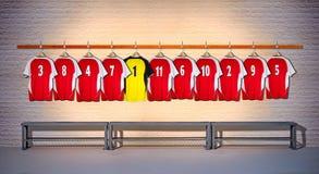 Rij van Rode en Gele Overhemden 3-5 van Voetbaloverhemden Stock Afbeelding