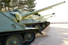 Rij van tanks Stock Afbeeldingen