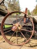Rijdt in Time Oude Wiel van het Wagenstaal royalty-vrije stock afbeelding
