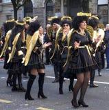 Rijeka, Κροατία, στις 3 Μαρτίου 2019 Γυναίκα στο κοστούμι των αγγέλων στην πομπή καρναβαλιού στοκ εικόνα