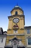 Rijeka barockt stadstorn för Kroatien Arkivbilder