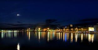 Rijeka entro la notte Fotografia Stock Libera da Diritti