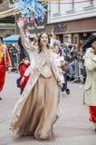 RIJEKA, KROATIË - MAART 02: de vrouw neemt bij de jaarlijkse Carnaval-parade in Rijeka, Kroatië op 02 Maart, 2014 deel Royalty-vrije Stock Fotografie