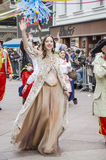 RIJEKA, KROATIEN - 2. MÄRZ: Frau nimmt an der jährlichen Karnevalsparade an Rijeka, Kroatien am 2. März 2014 teil Lizenzfreie Stockfotografie