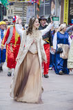 RIJEKA, KROATIEN - 2. MÄRZ: Frau nimmt an der jährlichen Karnevalsparade an Rijeka, Kroatien am 2. März 2014 teil Lizenzfreie Stockfotos