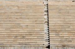 Rijen en treden van marmeren oud stadion Royalty-vrije Stock Foto's