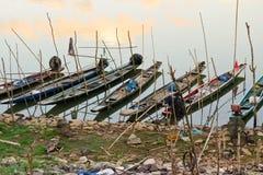 Rijen van kleine boten Royalty-vrije Stock Foto's
