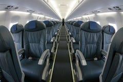 Rijen 018 van lijnvliegtuigzetels Stock Afbeelding
