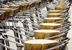 Rijen van stoelen Royalty-vrije Stock Afbeelding